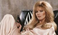 'Bond Girl' Tanya Roberts qua đời