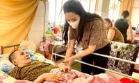 Trịnh Kim Chi tiết lộ tình hình sức khỏe nghệ sĩ Hoàng Lan và kêu gọi giúp đỡ