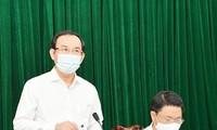 Bí thư Thành ủy TPHCM Nguyễn Văn Nên tại buổi làm việc với lãnh đạo huyện Bình Chánh ngày 19/3. Ảnh: Thành ủy TPHCM