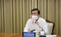 Chủ tịch TPHCM: 'Có thể kéo dài giãn cách theo Chỉ thị 16 thêm 2 tuần'