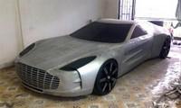 Mô hình Aston Martin One77 Police tự chế của thợ máy Việt.