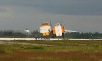 Chiếc MiG-31BM hạ cánh xuống căn cứ Hmeymim. Ảnh: Facebook.