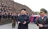 Lãnh đạo Triều Tiên Kim Jong Un dành phần lớn nguồn lực cho quân sự. (Ảnh: KCNA/Reuters)
