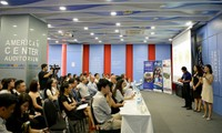 Cuộc trao đổi về thử thách khởi nghiệp tại Trung tâm Mỹ tháng 6/2017. Ảnh: Đại sứ quán Mỹ tại Việt Nam.