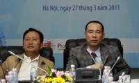 Trịnh Xuân Thanh (trái)