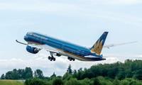 Vietnam Airlines là 1 trong 5 doanh nghiệp lớn sẽ được Bộ GTVT chuyển giao sớm về Ủy ban Quản lý vốn Nhà nước - Ảnh: Thanh Bình