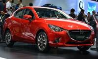 Giới thiệu Mazda 2 mới và xe Mazda nội thất sáng màu