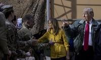 Tổng thống Mỹ Donald Trump và Đệ nhất phu nhân Melania đến thăm căn cứ Mỹ ở Iraq.