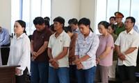 Tuyên án nhóm làm giả sổ đỏ vay tiền 'khủng' ở Bình Dương