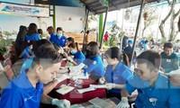 Tuổi trẻ Bình Dương sáng tạo giúp dân chống dịch Covid-19