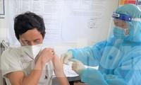 Tỉnh ủy Bình Dương đề nghị huy động lực lượng tăng tốc không để vắc xin tồn kho