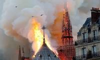 Vụ cháy lớn ngày 15/4 tại Nhà thờ Đức Bà