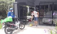Những 'chiến binh shipper xanh' xứ Dừa trong tâm dịch COVID-19