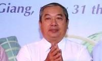 Lí do khiến Chủ tịch Liên hiệp các tổ chức hữu nghị tỉnh Hậu Giang bị kỷ luật