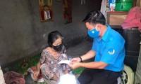 Những phần quà ấm lòng đồng bào Khmer dịp Tết Chol Chnam Thmay