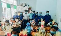 Tỉnh đoàn An Giang mang niềm vui đến trẻ em cơ nhỡ dịp năm mới