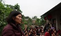  Hơn 100 giáo viên hợp đồng chia sẻ nỗi niềm với phóng viên Tiền Phong ảnh:Nghiêm Huê