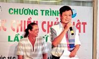 """Nhạc sĩ Nguyễn Văn Hiên giới thiệu chương trình """"Nhạc chiều Chủ nhật"""" tại Cung văn hóa Lao Động TPHCM"""