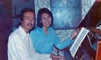 Thái Thanh và anh ruộtPhạm Đình Chương - người đóng vai trò quan trọng trong sự nghiệp của bà lúc khởi đầuẢnh: Tư liệu