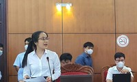 Nữ ứng viên duy nhất Nguyễn Thị Thu An trả lời Bí thư Bùi Văn Cường