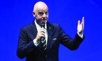 Chủ tịch FIFA Gianni Infantino kêu gọi hành động để giải cứu bóng đá