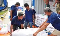 Các DN kiến nghị Thủ tướng chỉ đạo sớm cho thông quan khoảng 300 nghìn tấn gạo còn mắc kẹt từ 24/3Ảnh: Hòa Hội