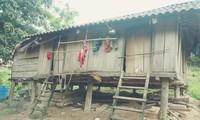 Có 9 hộ dân ở vùng Lòm đã đóng cửa nhà để chạy vào rừng trốn COVID-19