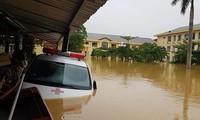 Bị lũ vùi, các bệnh viện ở Quảng Bình kêu cứu