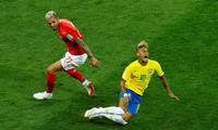 HLV Brazil lo sốt vó vì chấn thương của Neymar