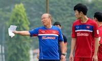 Tờ Siam Sports cho rằng HLV Park Hang-seo có thể triệu tập 3 cầu thủ đang chơi bóng ở châu Âu dự King's Cup.