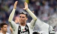 Ronaldo có được danh hiệu Serie A ngay trong mùa giải đầu tiên thi đấu.