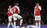 Arsenal đang gặp khó khăn trước trận đấu quyết định Top 4.