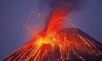 Top 5 vụ phun trào núi lửa kinh hoàng được camera ghi lại