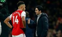 Arsenal lên tiếng về khả năng Aubameyang gia nhập Barca