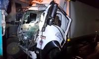 Tai nạn liên hoàn trên đường dẫn cao tốc, một người tử vong