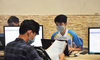 Sinh viên nhập học tại Trường ĐH Mở Hà Nội năm 2020 Ảnh: Diệp An