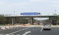 VEC từ chối phục vụ 2 phương tiện trên cao tốc: Lạm quyền, trái luật