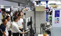 Việt Nam có cơ hội đón dòng vốn FDI chất lượng cao từ EU. Trong ảnh: DN Đức triển lãm công nghệ tại Việt Nam