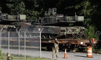 Xe tăng M1A1 Abrams ở ngoại ô Washington Ảnh: AP