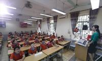 Thiết bị dạy học tối thiểu không thể thiếu trong dạy và học Ảnh: Nguyễn Đại
