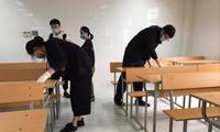 Sinh viên Khoa Y Dược, ĐH Quốc gia Hà Nội vệ sinh trường lớp