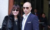 Vợ chồng bị can Nguyễn Xuân Đường. Ảnh: Mạnh Thắng)