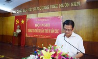 Ông Bùi Quốc Minh bị cách chức vì dùng bằng giả