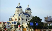Tòa lâu đài của đại gia Ngô Văn Phát trên phố Lê Hồng Phong TP Hải Phòng