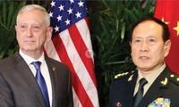 Tướng Mỹ James Mattis và Bộ trưởng Trung Quốc Ngụy Phượng Hòa gặp nhau tháng 11/2018