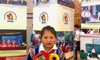 Em Phê Thị Mễ học lớp 8A2, trường TH&THCS Nậm Loỏng