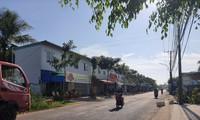 Dãy ki-ốt xây dựng trái phép của hộ gia đình bà Hứa Thanh Thanh, con gái ông Hứa Văn Hòa, Nguyên Phó chủ tịch UBND huyện Châu Thành ( Kiên Giang)