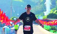 Anh Trần Hoài Nam trên đường chạy Lý Sơn 2020 ảnh: HMT
