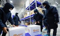Vắc-xin phòng COVID-19 được đưa đến Hà Nội và bảo quản ở VNVC trước khi phân phốivề các tỉnh phía Bắc. Ảnh: VNVC
