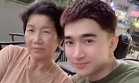 """Mẹ ruột qua đời, ca sĩ Chi Dân xúc động: """"Hẹn kiếp sau mình lại làm mẹ con tiếp mẹ nhé!"""""""